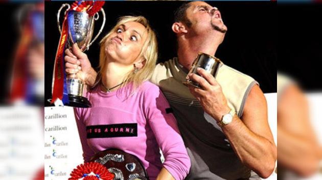 La tensión en el Campeonato Mundial de 'caras graciosas' provoca desmayos