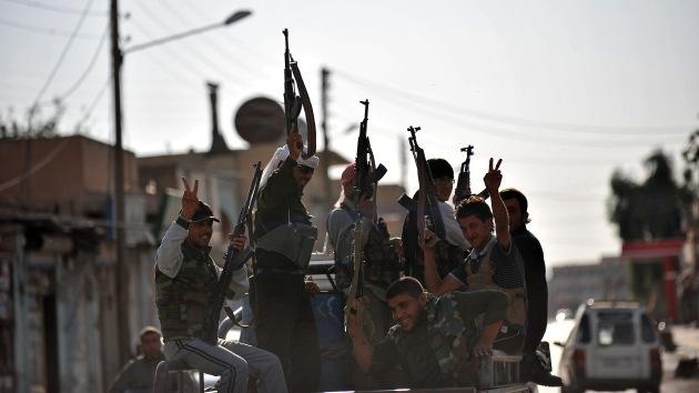 Rebeldes sirios asesinan a 450 civiles curdos en el norte del país