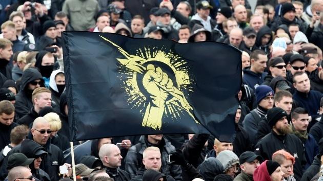 Fotos, video: Neonazis y antifascistas se manifiestan en Alemania