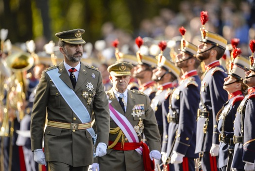Resultado de imagen de fotos de un desfile militar en España