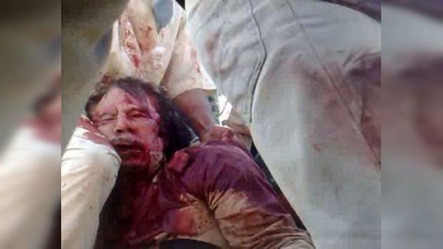 Aparece el primer video de la muerte de Muammar Gaddafi (IMÁGENES VIOLENTAS)