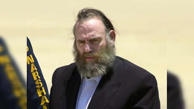 Un estafador pide conmutar su condena de 845 años de prisión