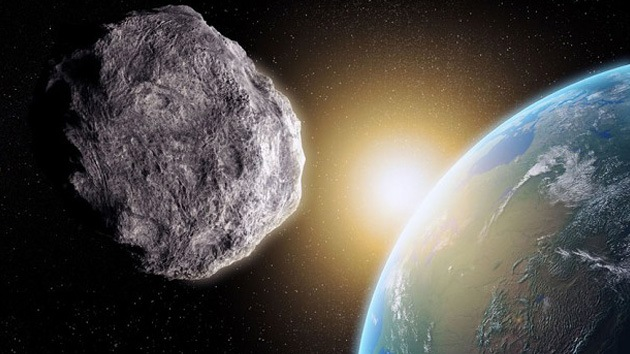 Enorme asteroide 1998 QE2 se acerca a la Tierra