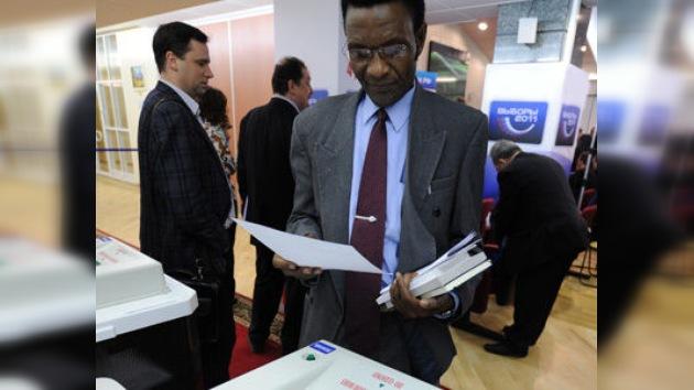 """Observadores internacionales: el pueblo ruso votó """"entusiasmado"""""""