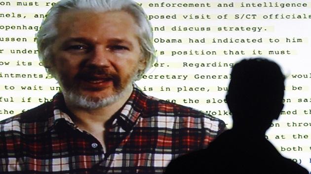 """Assange a Unasur: """"Creen sus propios motores de búsqueda como Rusia y China"""""""
