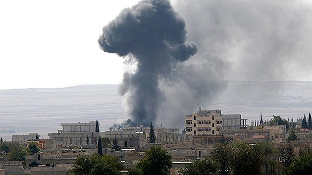 Video: El Estado Islámico iza su bandera en la ciudad estratégica de Kobani en Siria