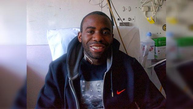 El jugador que se debatió entre la vida y la muerte ya sonríe en Twitter