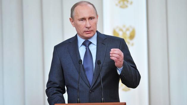 """Putin: """"Desarrollar la defensa de Rusia es nuestra mayor prioridad"""""""