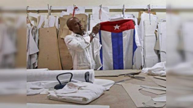 Las guayaberas cubanas cautivan a la élite política y cultural mundial