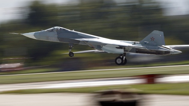 El caza ruso de quinta generación PAK-FA ya está casi listo y prueba sus armas