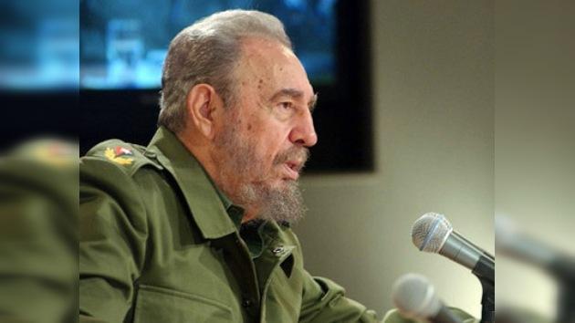 """Fidel Castro predice una """"terrible guerra"""" nuclear inminente"""