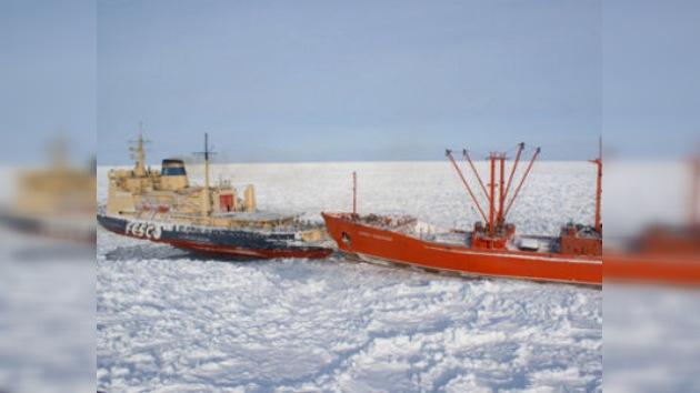 El rescate de los marineros en el mar de Ojotsk se aproxima a su fase final