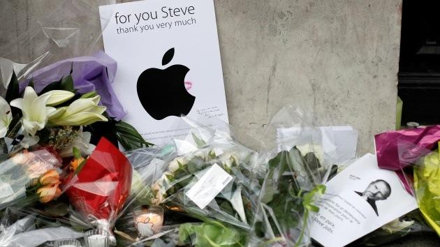 Cómo se convirtió en religión la tecnología de Steve Jobs