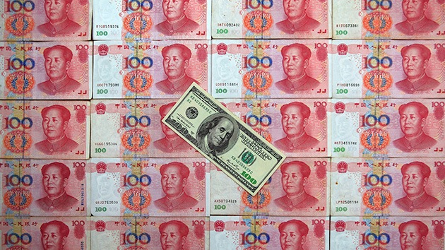 """""""EE.UU. presiona a China para que mantenga el dólar como moneda de reserva"""""""