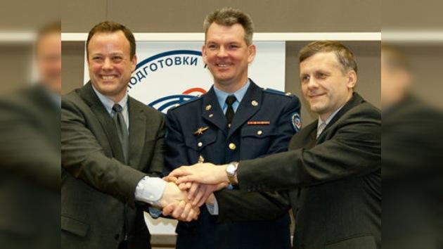 Los tripulantes de la Soyuz, preparados para la nueva misión en la EEI