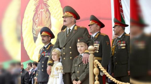 Bielorrusia celebra a lo grande su Día de la Independencia con cierta tensión social