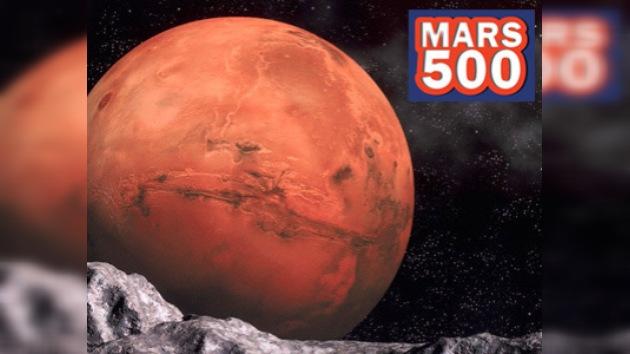 Comienza la misión a Marte:  los tripulantes despegaron hoy