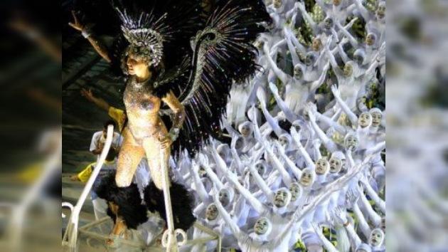 Brasil se prepara para el Carnaval de Río