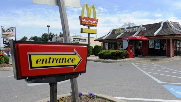 Pequeño restaurante alimentará de por vida a dos ancianos expulsados de McDonald's