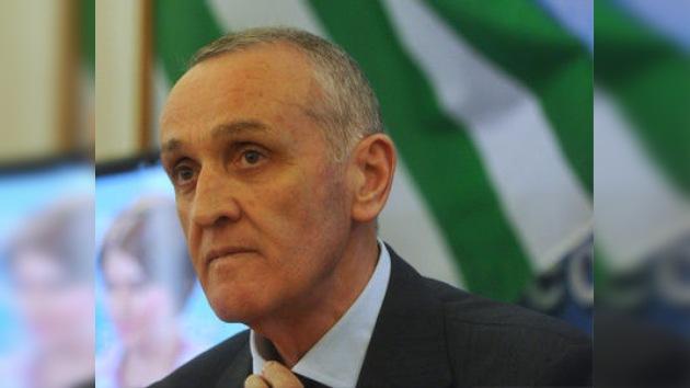 El presidente de la República de Abjasia sale ileso de un atentado terrorista