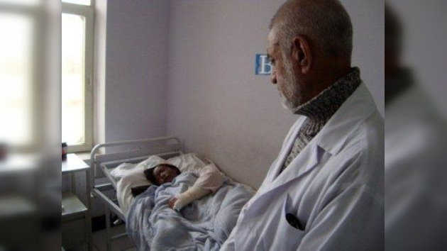 El ataque de celos más corrosivo: un afgano arroja ácido a la chica que lo rechazó