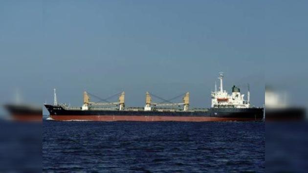 Piratas somalíes secuestran un barco argelino con tripulación internacional