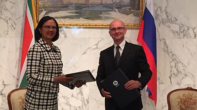Rusia y la República de Sudáfrica firman un histórico acuerdo nuclear
