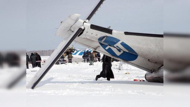 El avión accidentado en Siberia daba bandazos antes de caer