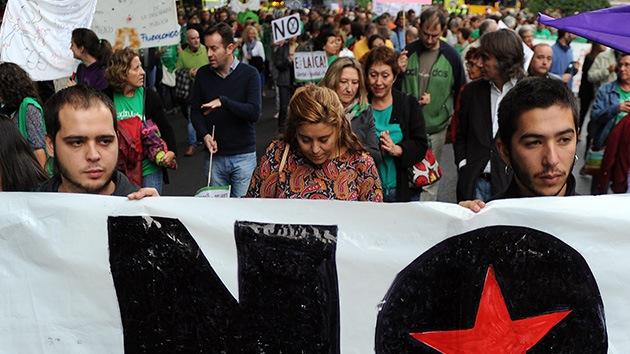 La voz de la indignación española vuelve a retumbar ante el Congreso
