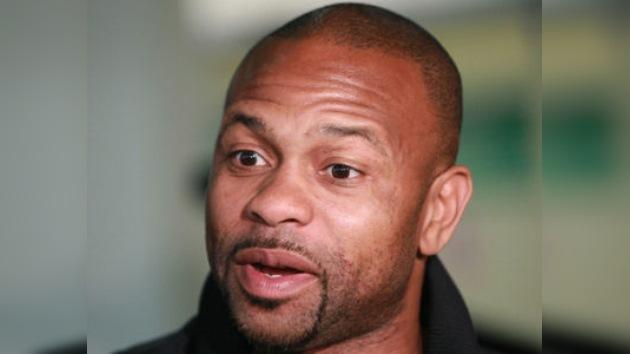 """Roy Jones Jr. llega a Rusia y calienta la pelea: """"Lébedev no tiene chances frente a mí"""""""