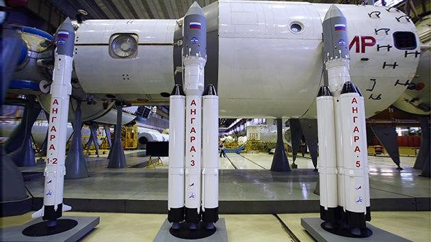 Rusia apunta a la Luna con los nuevos cohetes Angará