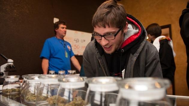 Fotos: Colorado abre la primera tienda de marihuana recreativa en EE.UU.