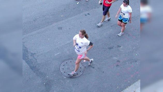 Parto maratoniano: cruza la meta y da a luz a una niña