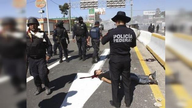 Estudiantes mexicanos toman varias emisoras para hacer oír sus quejas