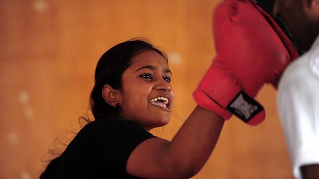 Los cursos de autodefensa, el gas pimienta y las pistolas ganan fuerza entre las indias