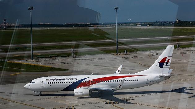 Despiden al operario de una petrolera que dijo haber visto el avión malasio en llamas