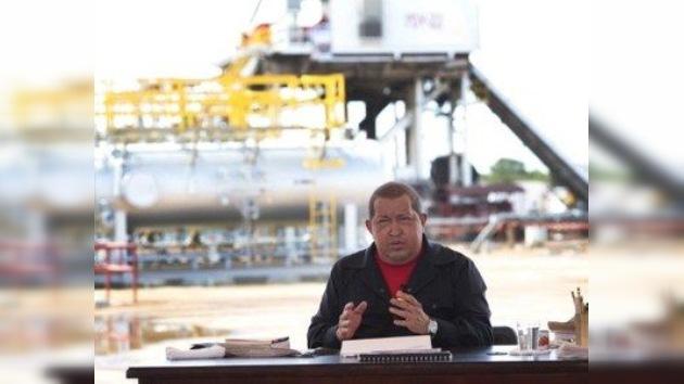 """Chávez vuelve a la carga con su programa de TV: """"olvídate Obama, no dominarán el mundo"""""""