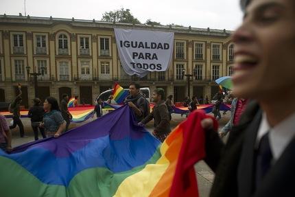 Colombia no aprueba la legalización de los matrimonios homosexuales.