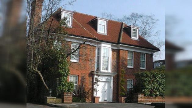 Devuelven a Libia una mansión londinense que pertenecía a Saadi Gaddafi