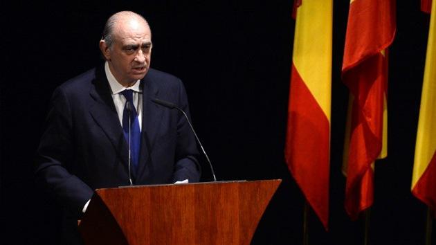 El gobierno de España quiere 'censurar' amenazas e insultos en las redes