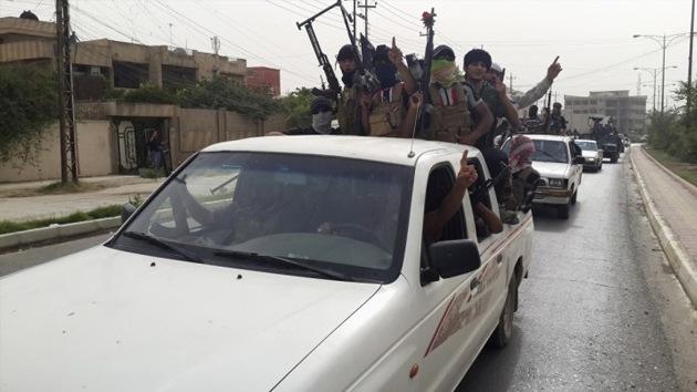 Estado Islámico jura vengar los bombardeos de EE.UU. volando sus Embajadas