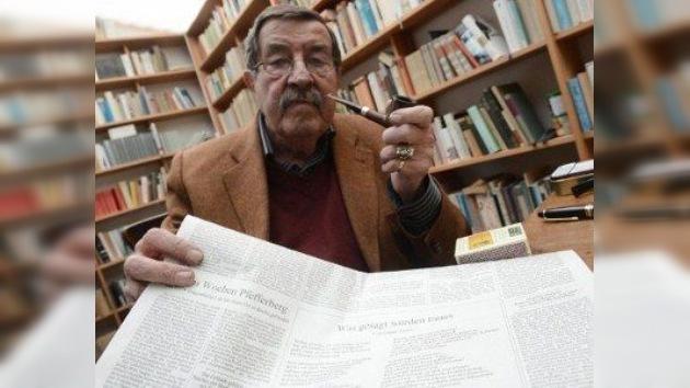 Günter Grass compara a Israel con la Stasi por vetarle la entrada