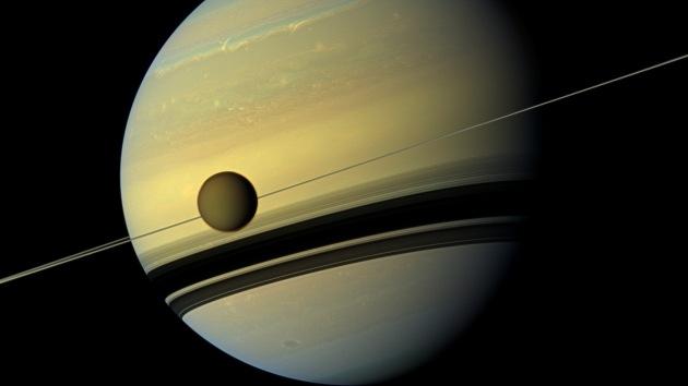 Foto: Saturno cambia de colores a medida que pasa de una temporada a otra