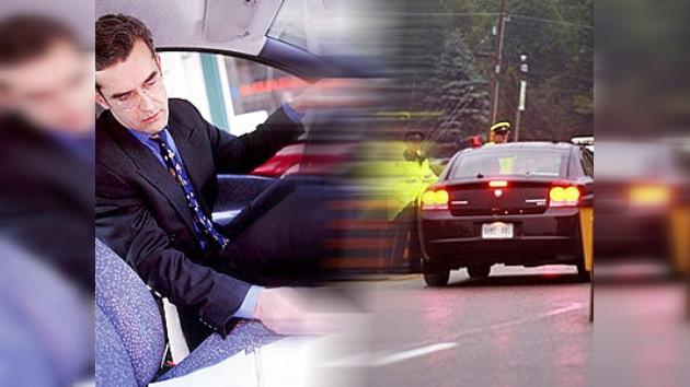 ¡Peligro!: lectores al volante