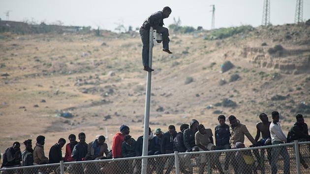 Marruecos está levantando un muro en la frontera con Melilla