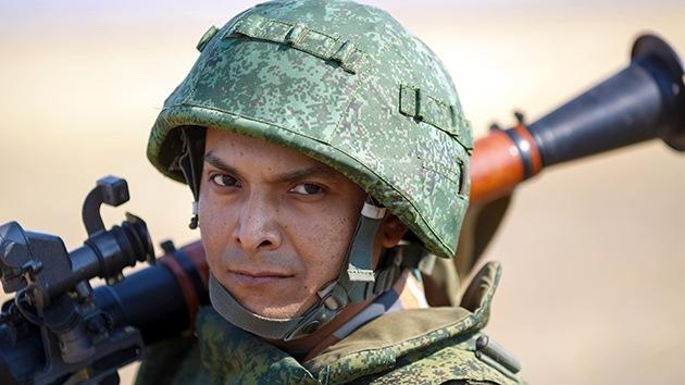 Regresan a sus cuarteles las tropas rusas de un simulacro cerca de la frontera ucraniana