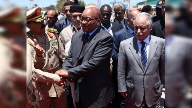 Gaddafi acepta los compromisos sugeridos por Sudáfrica