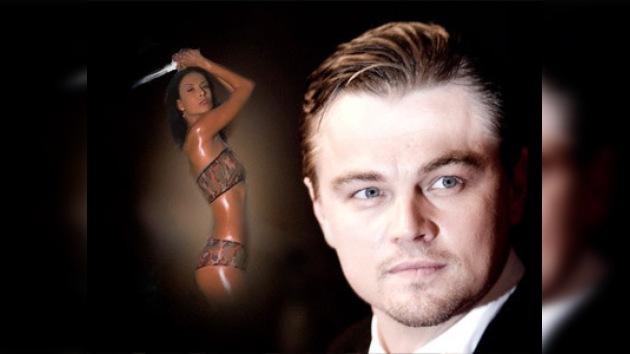 Tribunal prohíbe a una mujer acercarse a Leonardo DiCaprio