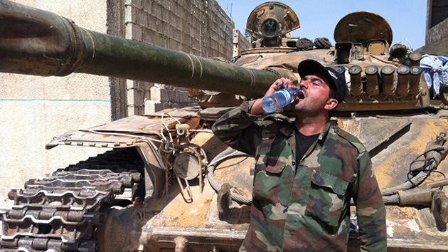 """Soldados sirios: """"Los rebeldes en Homs son como los nazis en Stalingrado"""""""