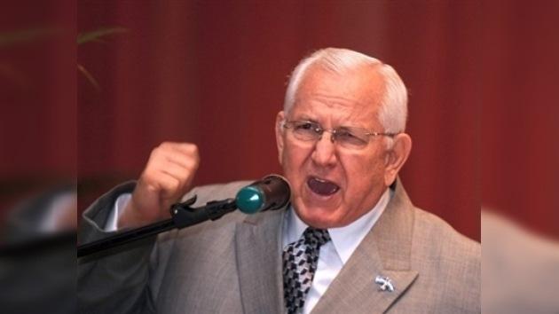El congreso hondureño declara al presidente Micheletti diputado vitalicio